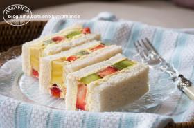 【视频】孤独的美食家~水果奶油三明治
