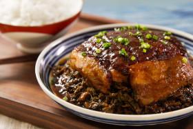 【曼食慢语】请自带米饭,今天请你们云吃肉了:梅菜扣肉