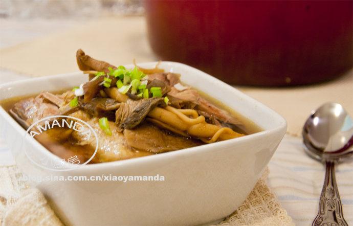 最鲜美的鸡汤是烤箱做出来的——Amanda私房牛肝菌清鸡汤