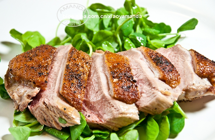 最鲜嫩多汁的吃法——完美脆皮煎鸭胸
