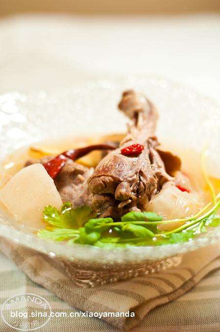 Amanda私房菜——酸萝卜水鸭粉丝汤
